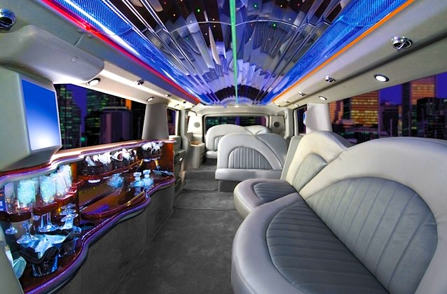 10 Of The Wildest Limousine Interiors The Hog Ring