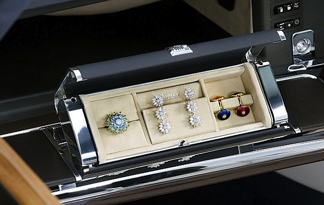 Auto Upholstery - The Hog Ring - Rolls Royce