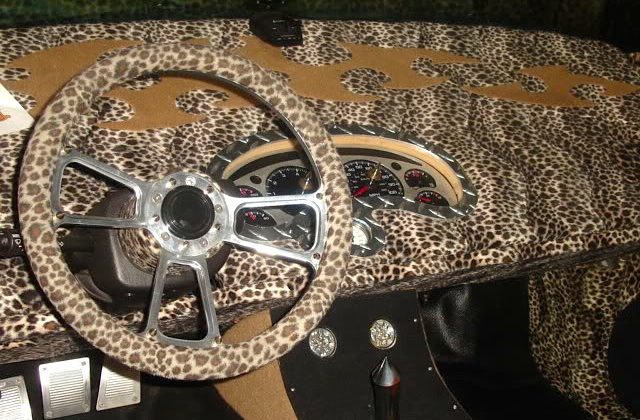 Auto Upholstery - The Hog Ring - Chevrolet S10 Leopard Dashboard