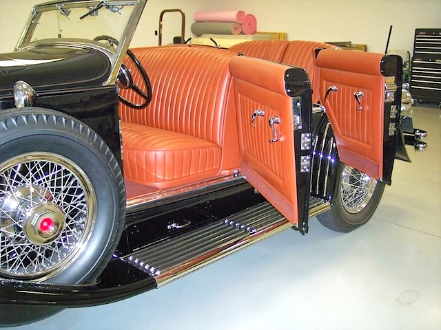 The Hog Ring - Auto Upholstery News - Dan Kirkpatrick Interiors - 1933 Duesenberg SJ-528 Brunn Riviera Disappearing Top Phaeton