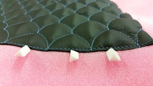 gottfried s 3d dragon scale pleats. Black Bedroom Furniture Sets. Home Design Ideas
