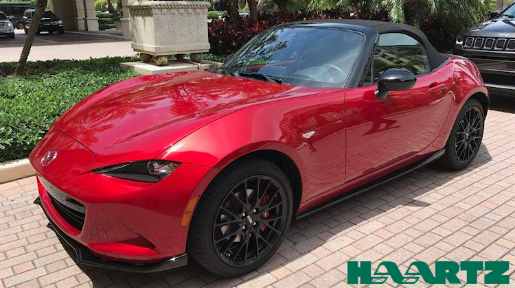 The Hog Ring - Haartz Goes Topless in Miami