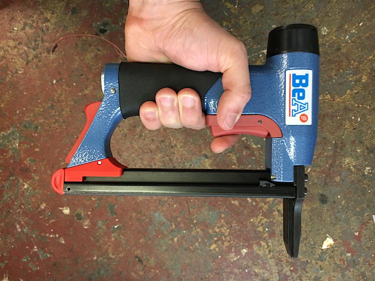 The Hog Ring - Review - BeA Pneumatic Staple Gun 2
