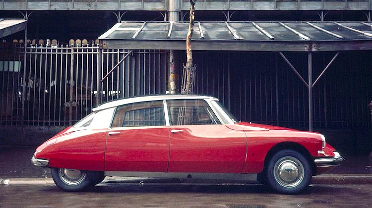 The Hog Ring - 1955 Citroen DS