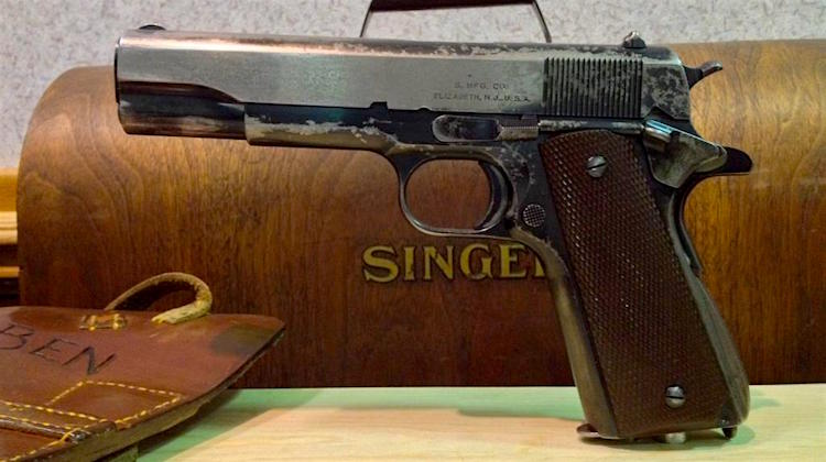 The Hog Ring - Singer M1911A1