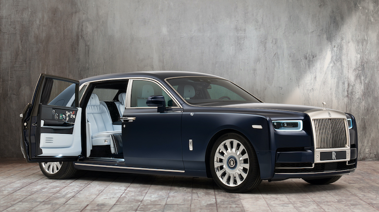 The Hog Ring - Rolls-Royce Rose Phantom