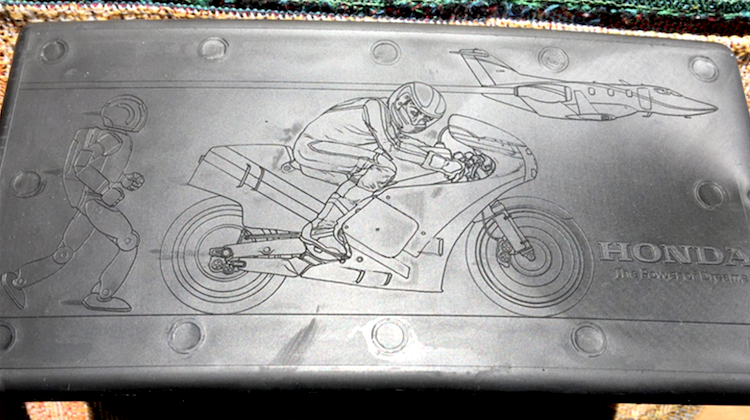 The Hog Ring - Honda Hid Secret Graphics in the Civic