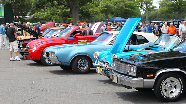 The Hog Ring - 10 Tips to Organize Your Own Car Show 1