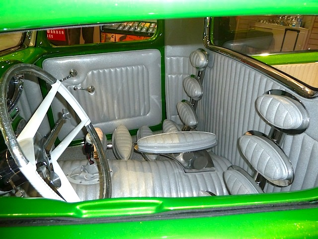 Auto Upholstery - The Hog Ring - Custom Truck Seats