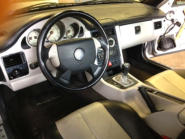 Auto Upholstery - The Hog Ring - Mercedes-Benz SLK Interior Paint