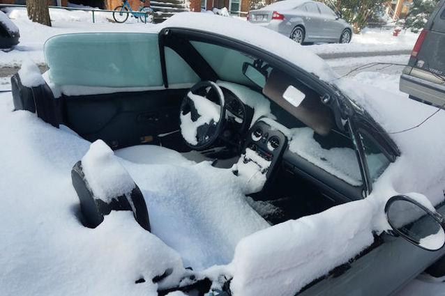 The Hog Ring - Frozen Mazda Miata vs Chicago Snowstorm 1