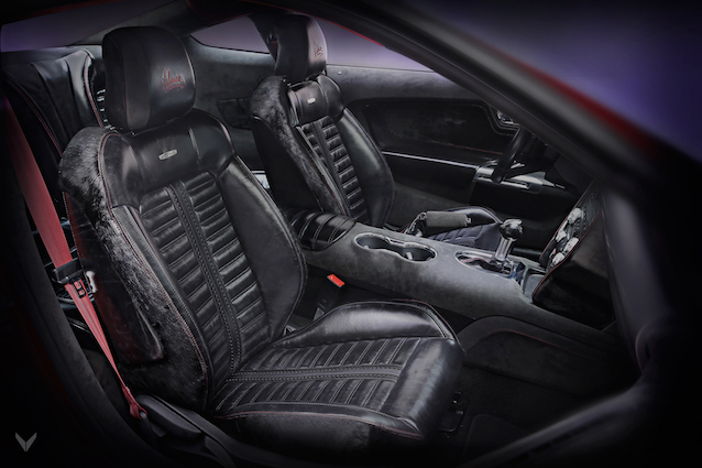 The Hog Ring - Vilner Just Trimmed a Mustang in Horse Leather