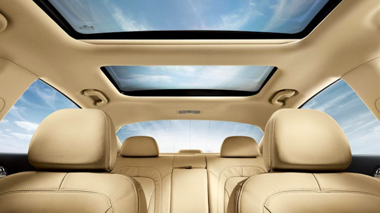 The Hog Ring - A Sunroof and Moonroof are Not the Same