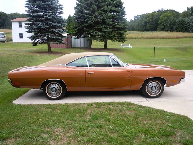The Hog Ring- First Project Car 1969 Dodge Charger