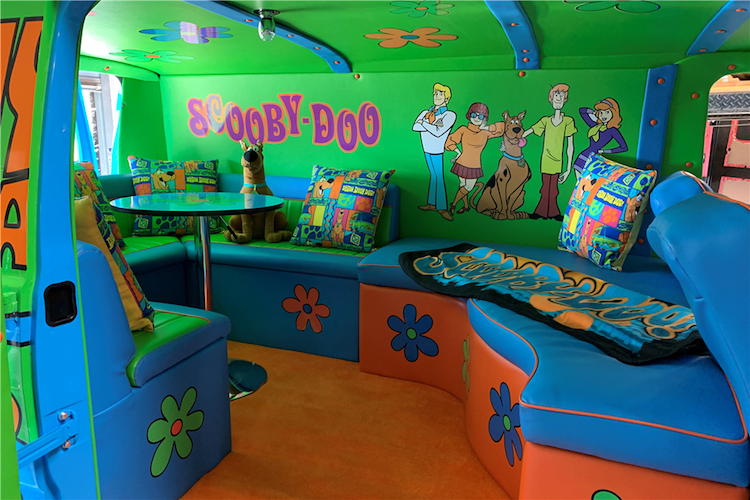 The Hog Ring - Scooby-Doo Mystery Machine Sells for 59K