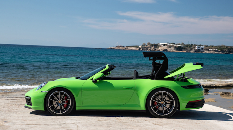 The Hog Ring - Watch the Porsche 911 Soft Top in Action