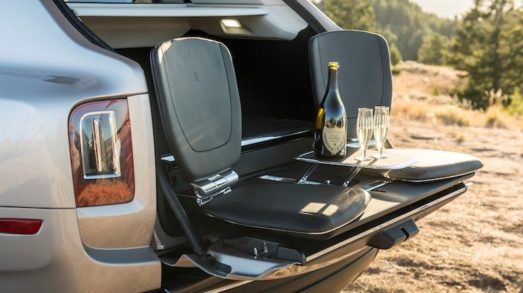 The Hog Ring - Rolls Royce Viewing Suite Cullinan