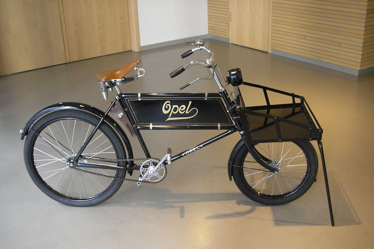 The Hog RIng - Did You Know that Opel Made Sewing Machines