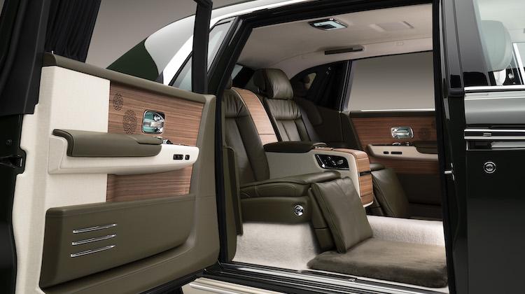 The Hog Ring - Rolls-Royce and Hermes Built a Custom Phantom